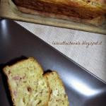 Cake salato allo yogurt, prosciutto e formaggio