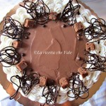 Mud cake al gianduia, cioccolato bianco e pralinato alle mandorle e nocciole