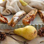 Strudel di pere, cioccolato bianco e composta di lamponi