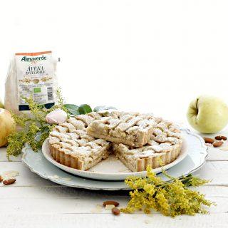 Crostata avena e mandorle con composta di mele