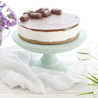 Le torte senza cottura sono molto facili da realizzare, versatili e  perfette per il periodo estivo. Senza che ci sia bisogno di accendere il  forno,